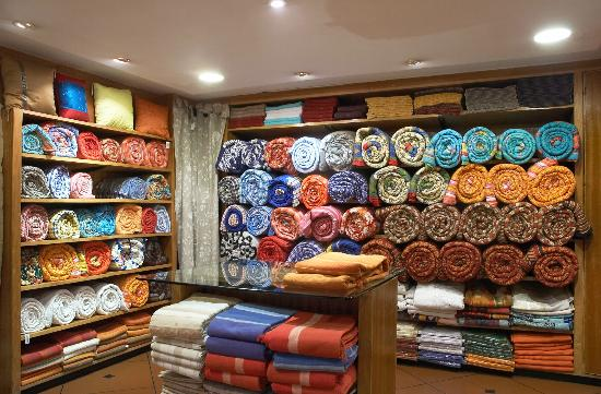 Pm Road - Home Decor Section - Picture Of The Bombay Store