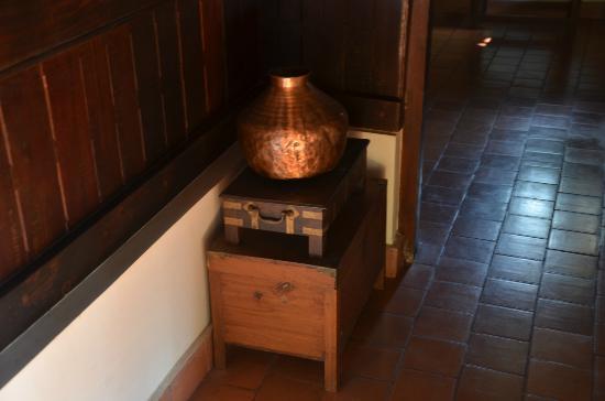 Nelpura Heritage Homestay: Antiques