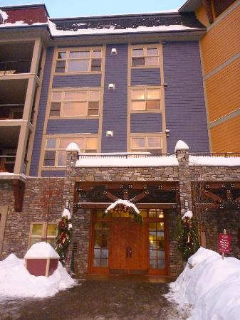 Entry to Snowbird Lodge