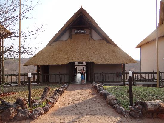 Victoria Falls Safari Club : Reception - Safari Club