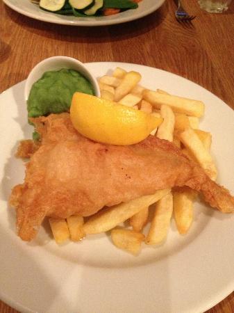 Wreckers: Deep fried cod fillet & chips