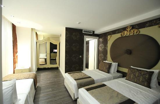 Katelya Hotel : Triple Room