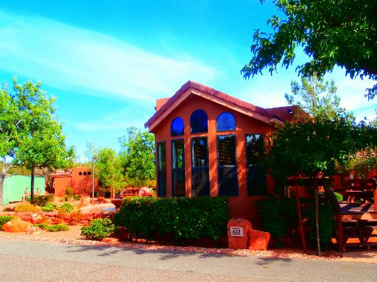 Sedona Pines Resort: Outside