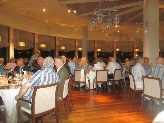 Parador De Vielha : Nice dining area and decent food