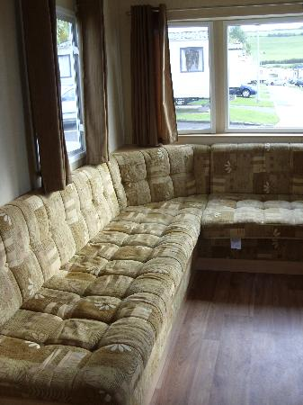 Seaview Holiday Park - Haven: living area