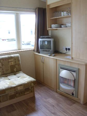Seaview Holiday Park - Haven: old fashioned tv