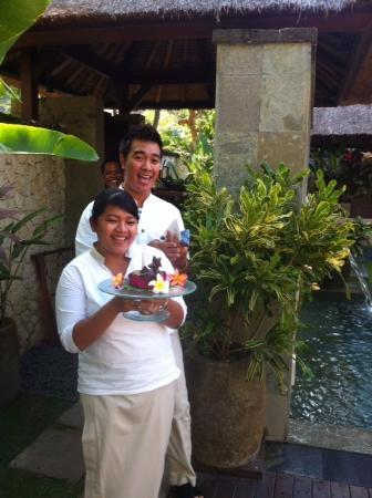Belmond Jimbaran Puri: Birthday cake for our little daughter
