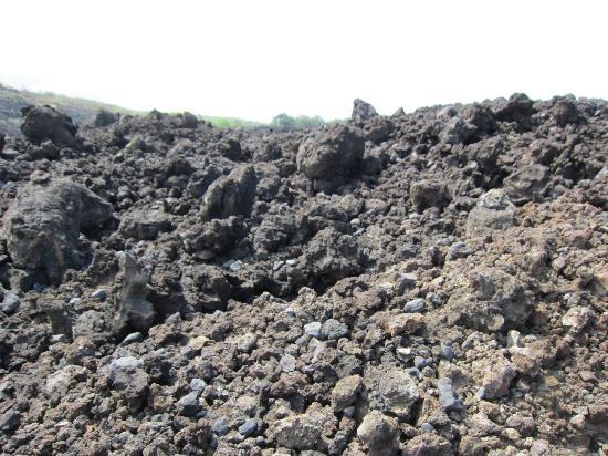 Lekeleke Burial Ground: Lava Rocks