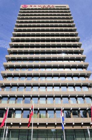 Ramada Apollo Amsterdam Centre: View