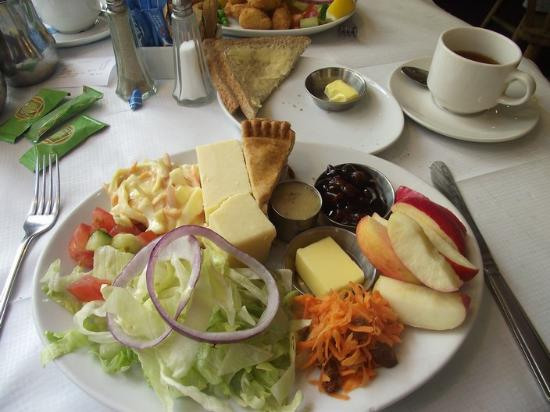 Monks Haven Cafe: The ploughmans lunch