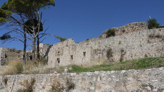 St George's Castle: castle