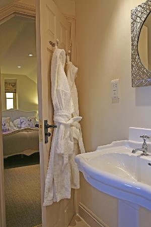 The Feathered Nest Country Inn: The Feathered Nest en-suite rooms