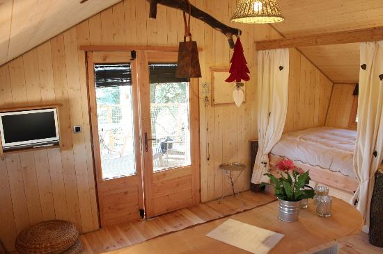 Domaine des Grands Cèdres : Un cocon douillet dans les Cabanes de Marie