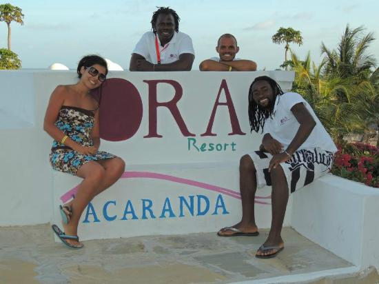 Jacaranda Beach Resort: ingresso ristorante