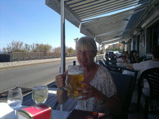 Catalonia Punta del Rey: beach rd bars
