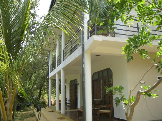 Nice Place Bungalows: View of 4 room block