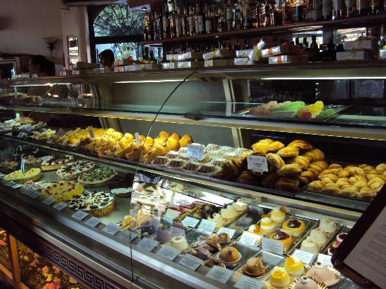 Day Tour in Italy : bakery