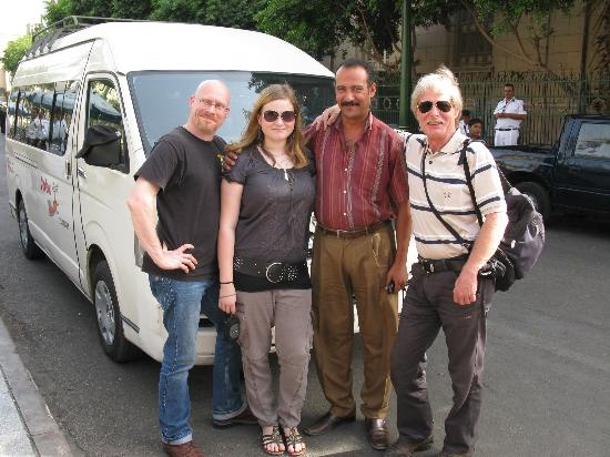 Vacations To Go Travel : Unser Fahrer und wir