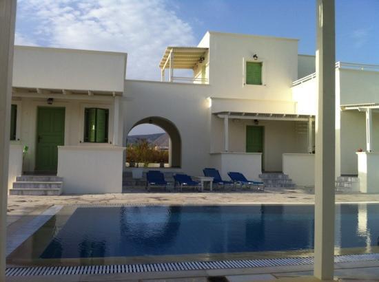 Ambeli Apartments: pool
