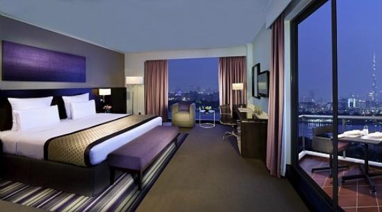 Pullman Dubai Creek City Centre: Guest Room