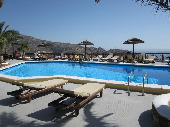 Hotel Katerina: Pool area