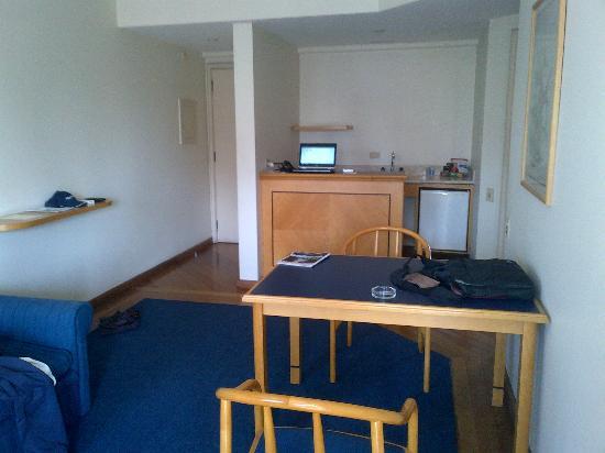 Travel Inn Conde Luciano : useless kitchen corner