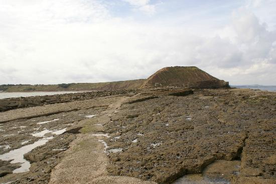 Filey Beach : Looking back at the nature reserve from Filey Brigg