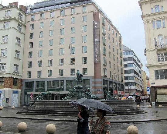 Austria Trend Hotel Europa Wien: The hotel 