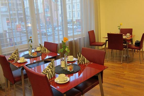 Austria Trend Hotel Europa Wien: Breakfast room 