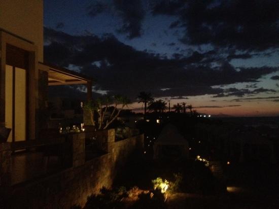Amirandes, Grecotel Exclusive Resort : by Night