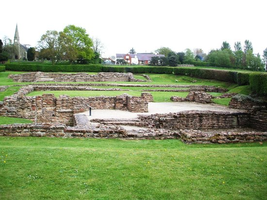 Lichfield, UK: Letocetum (Wall) - Looking over the Bath House