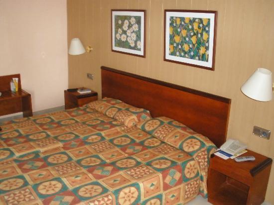 Hotel HSM Maria Luisa 사진