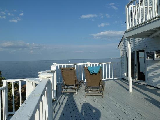 The Quarterdeck Inn by the Sea: Private deck