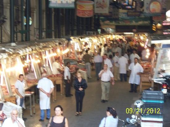 ไอออนิส โฮเต็ล: fish market
