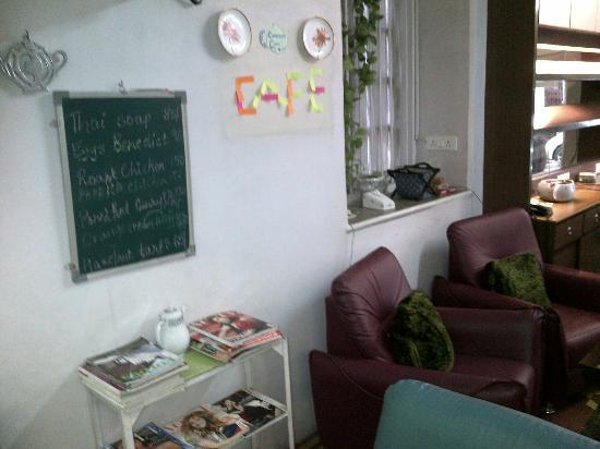 The Teapot Cafe : Deco