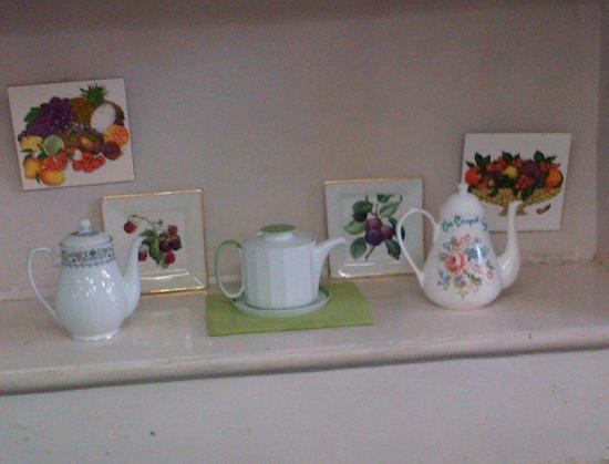 The Teapot Cafe : Teapots