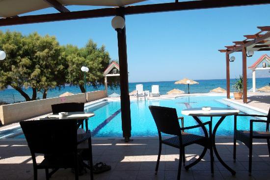 Mesogios Beach: bellissima vista piscina/spiaggia