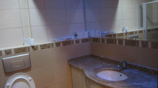 Dalyan Tezcan Hotel: Poca luce