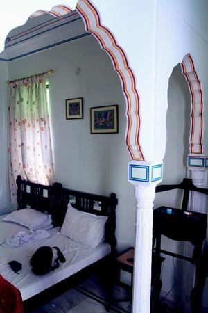 Krishna Palace: 2