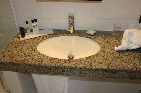 Eden Hotel & Spa: Sink