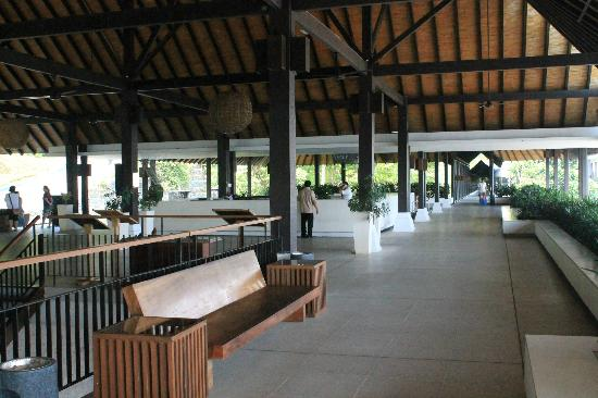 Turi Beach Resort: Resort's lobby...