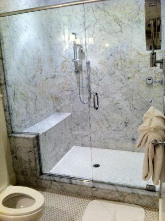 Castle Hill Inn: The shower of your dreams