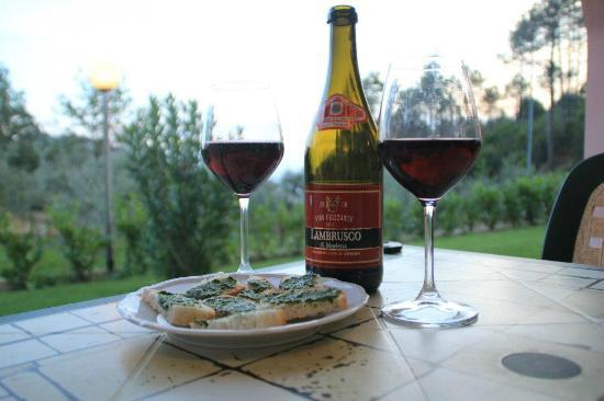 La Rossola: Drinks on the terrace