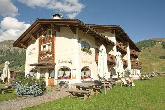 Hotel Flora: Hotel esterno