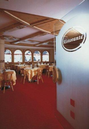 Hotel Flora: Sala da pranzo