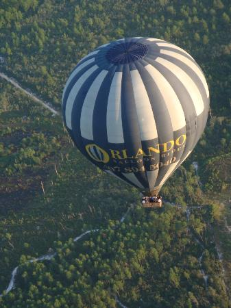 Orlando Balloon Rides : Another balloon in our group