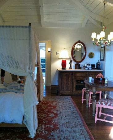 San Ysidro Ranch, a Ty Warner Property: Notice the cherries on the chandelier.