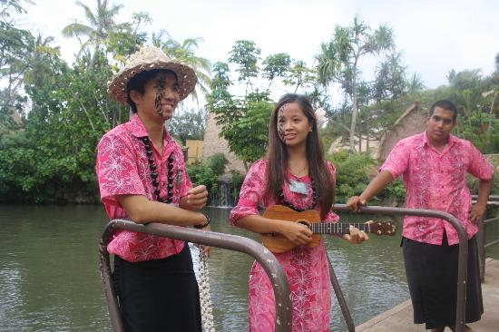 Polynesian Cultural Center: Saydi and Jehonna