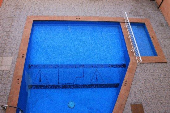 Hotel Teide: widok na basen