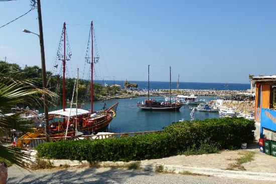 Castello Boutique Resort & Spa: Sissi harbour